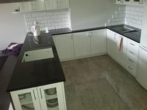 blaty kuchenne wrocław z granitu nero assoluto